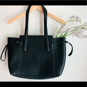 gorgeous french connection tote
